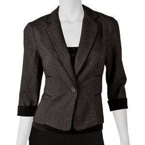 Small Black & Grey 3/4 sleeve lightweight blazer